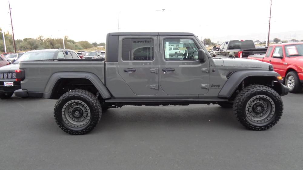 2020 Jeep Gladiator SPORT S 4X4 For Sale in Union Gap WA