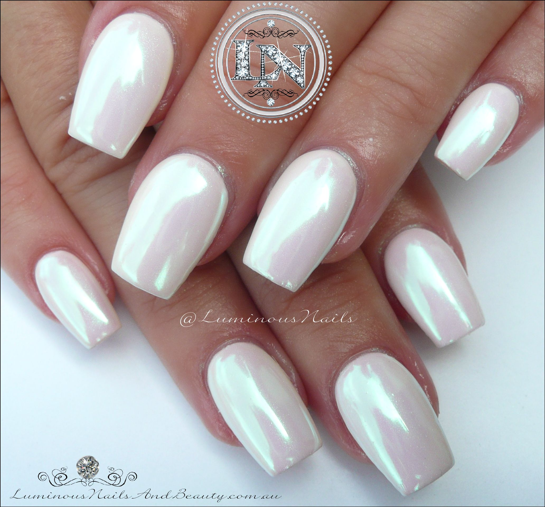 pearly chrome white acrylic gel nails luminous nails. Black Bedroom Furniture Sets. Home Design Ideas