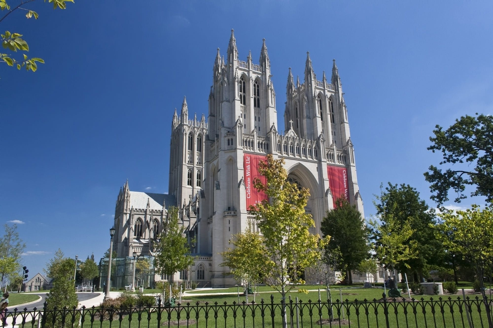 how to get to washington national cathedral
