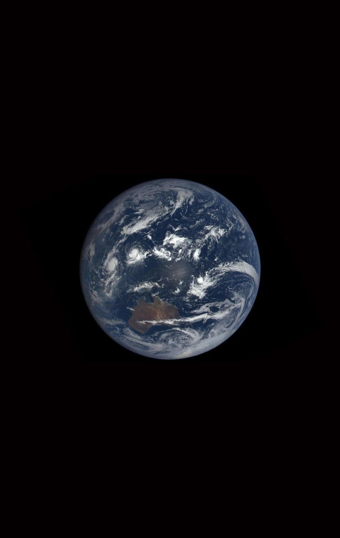 Nasa Will Show The World New Blue Marble Photos Of Earth Every Day Earth Photos Earth Nasa