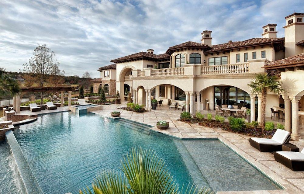 Элитные дома с бассейном фотографии