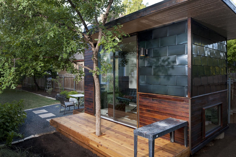 sett studio 92 square foot backyard office austin texas