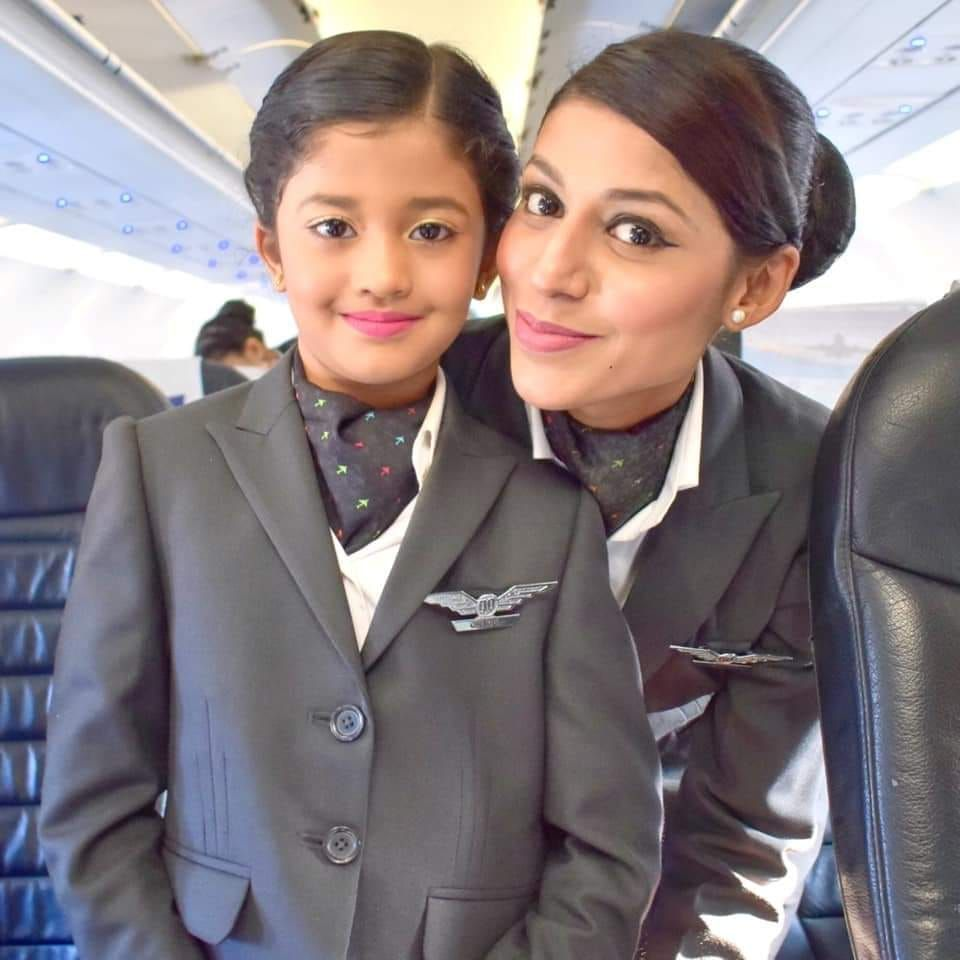 GoAir is Hiring Cabin Crew At Delhi ONLY FEMALE  Cabin crew