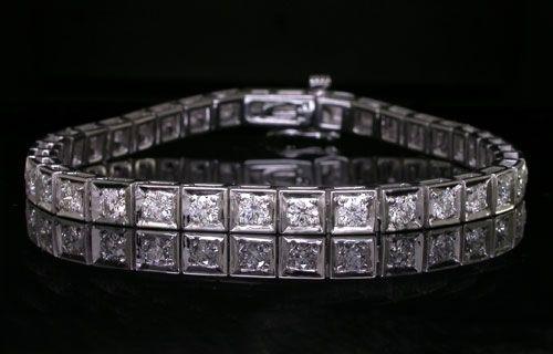 Dazzling full bezel princess cut diamond tennis bracelet set with