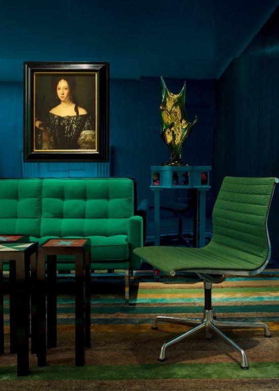 Best Jewel Tones Living Room In 2019 Emerald Green Rooms 400 x 300