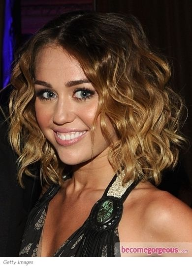 Pin By Kriste On I Need A Makeover Miley Cyrus Hair Miley Cyrus Short Hair Curly Bob Hairstyles
