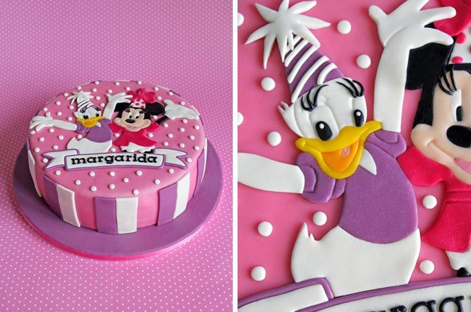 Sensational Party Cake Minnie And Daisy With Images Minnie Mouse Personalised Birthday Cards Vishlily Jamesorg