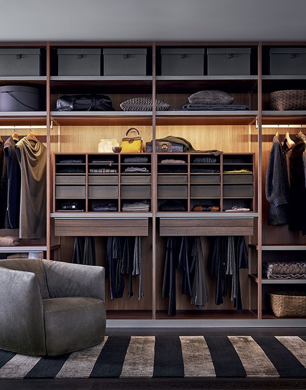 Senzafine Walk-In Closet by CR\S Poliform for Poliform Closet - maison sans vide sanitaire humidite