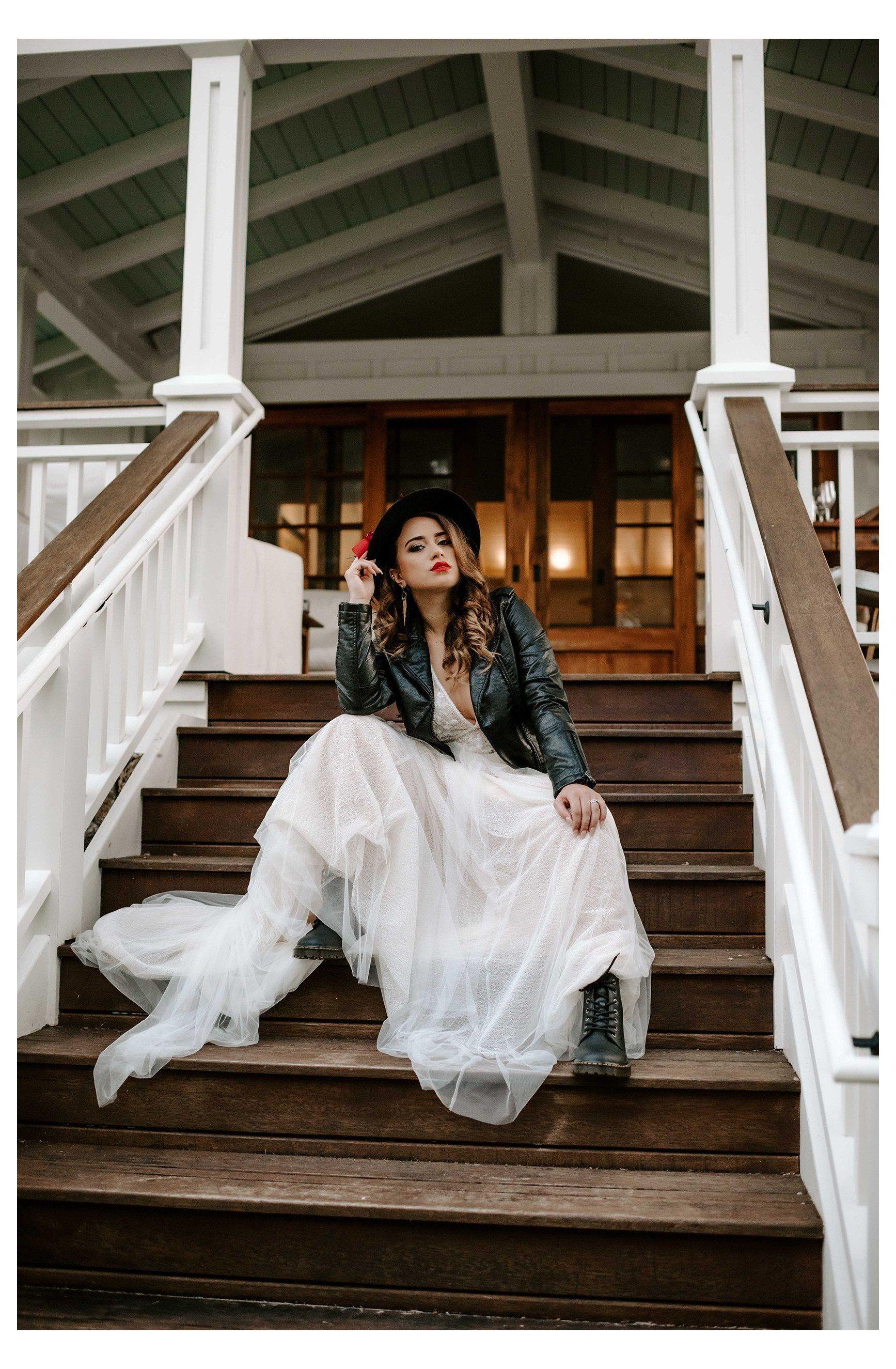 Bridal Kmang Photography Leather Jacket Wedding Dress Leatherjacketweddin In 2021 Leather Jacket Wedding Leather Jacket Wedding Dress White Leather Wedding Dress [ 2650 x 1735 Pixel ]