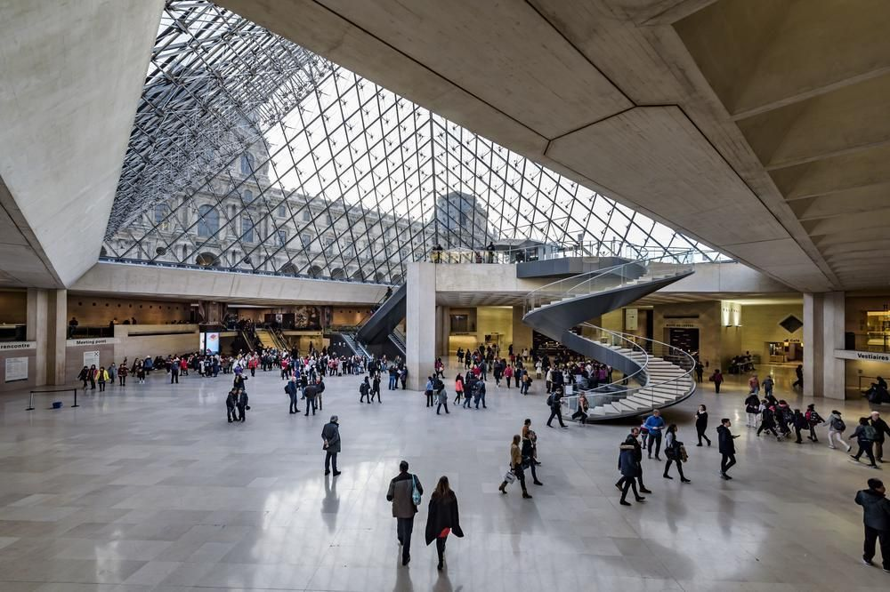 متحف اللوفر في باريس Travel Photos Display Cnn Travel Paris Travel
