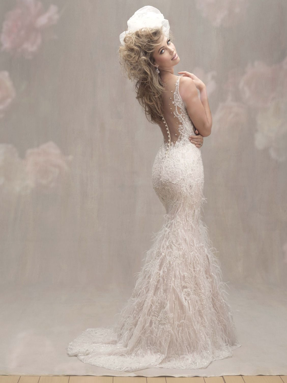 Enter to win a wedding gown from Allure Bridals+ WeddingWire!   <3 ...
