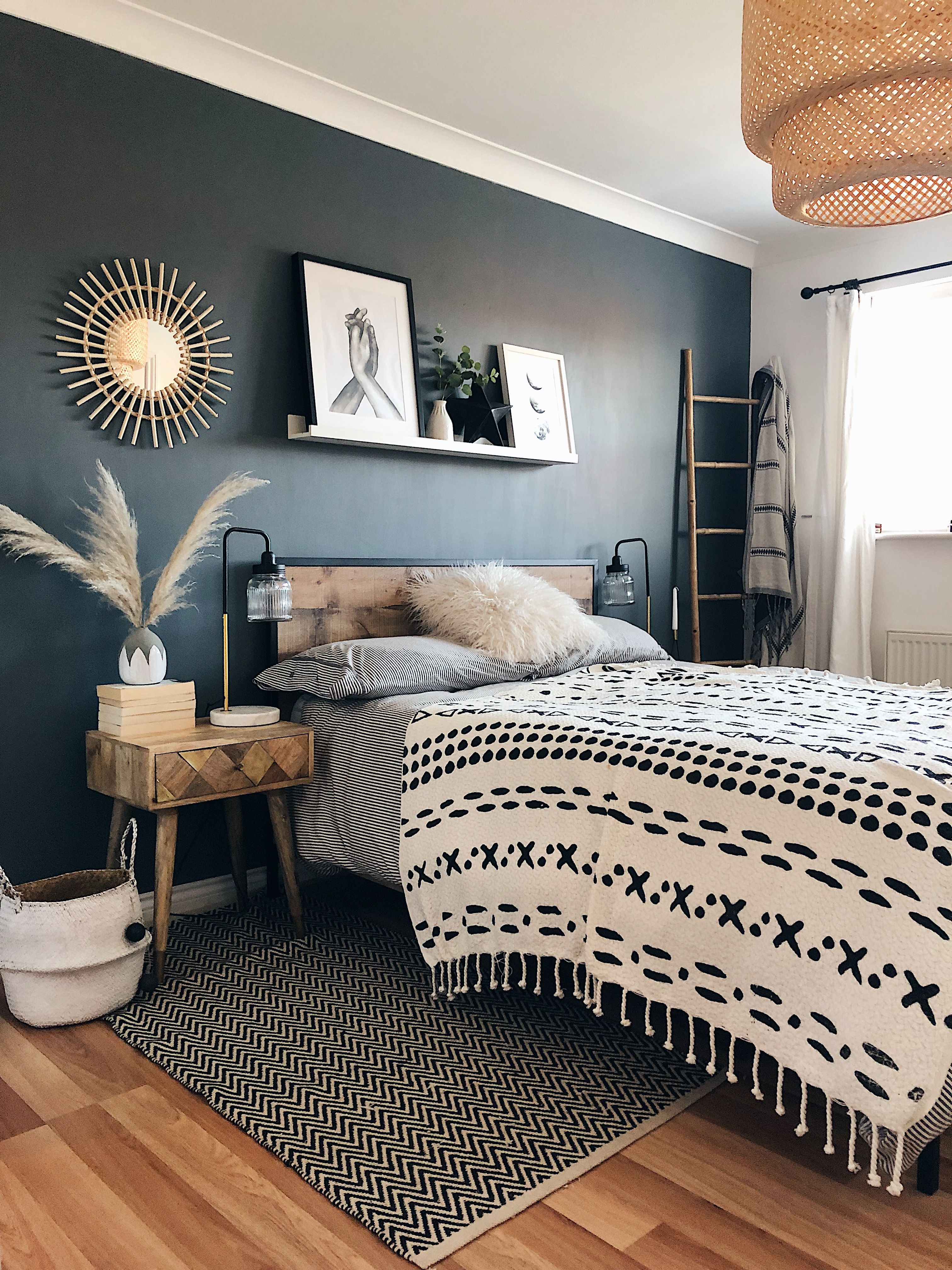 Boho Bedroom Accent Wall Can T Decide Which Detail I Like Best The Black Accent Wall The Boho Bedding The Bench All Of Home Decor Bedroom Bedroom Interior Apartment Living Room