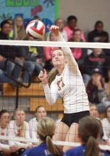 Lady Horns Sarah Walker And Shannon Mikesky Make The All State Volleyball Team Volleyball Team Sarah Walker Lady