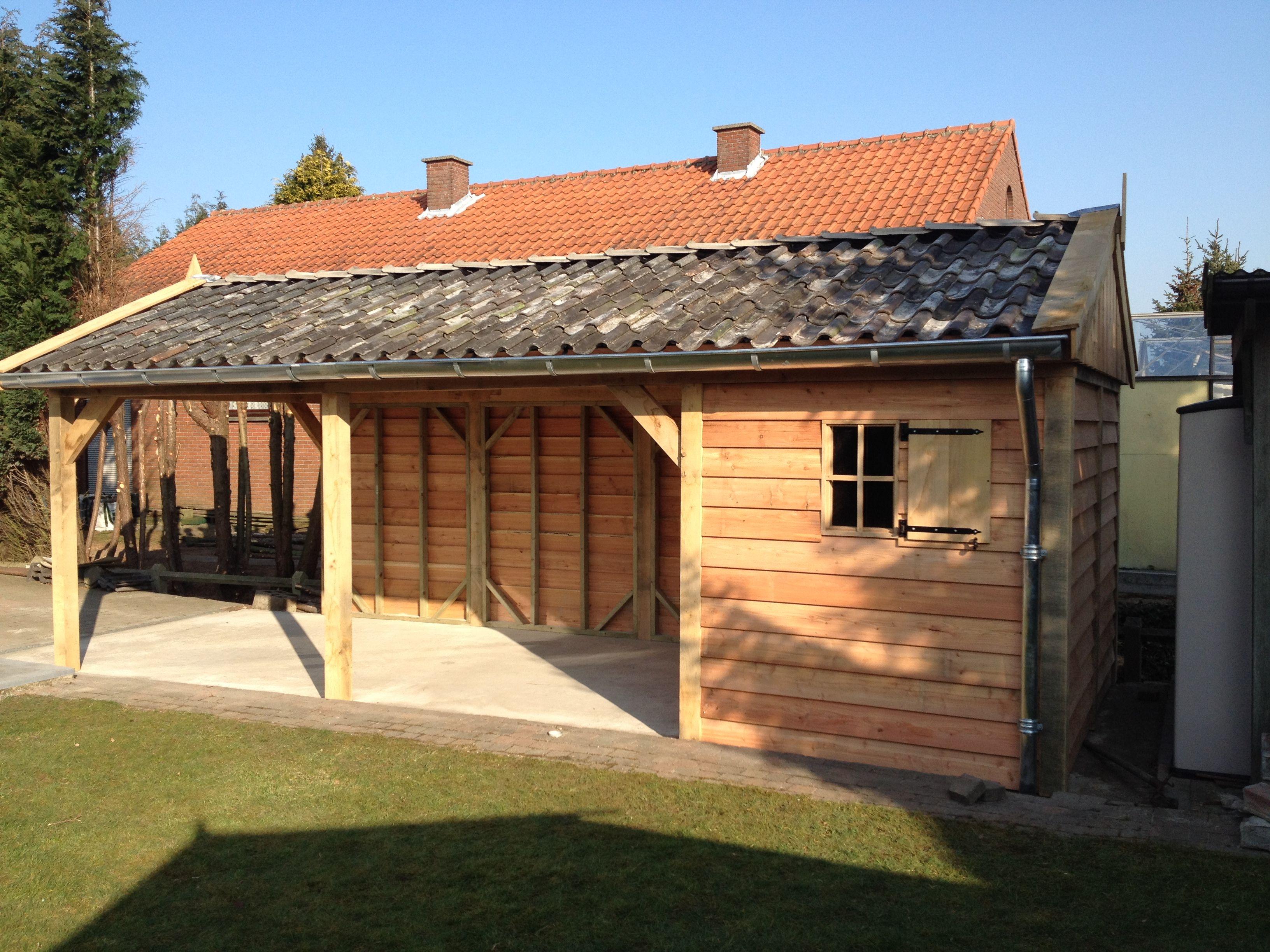eiken houten tuinhuis met carport houten tuinhuis met carport belgi landelijke uitstraling robuust