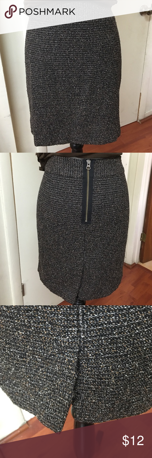 HALOGEN SKIRT Great skirt for fall pre❤️loved in excellent condition Halogen Skirts Mini