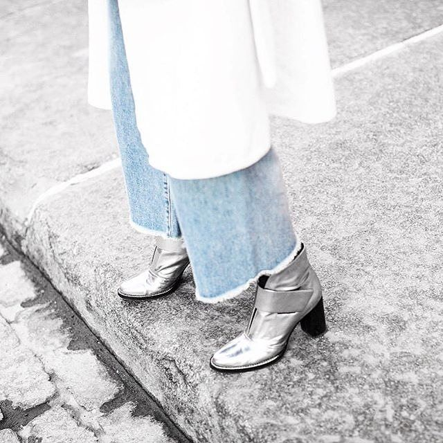How to strike a boot-to-pant ratio, brought to you by @theserenagoh