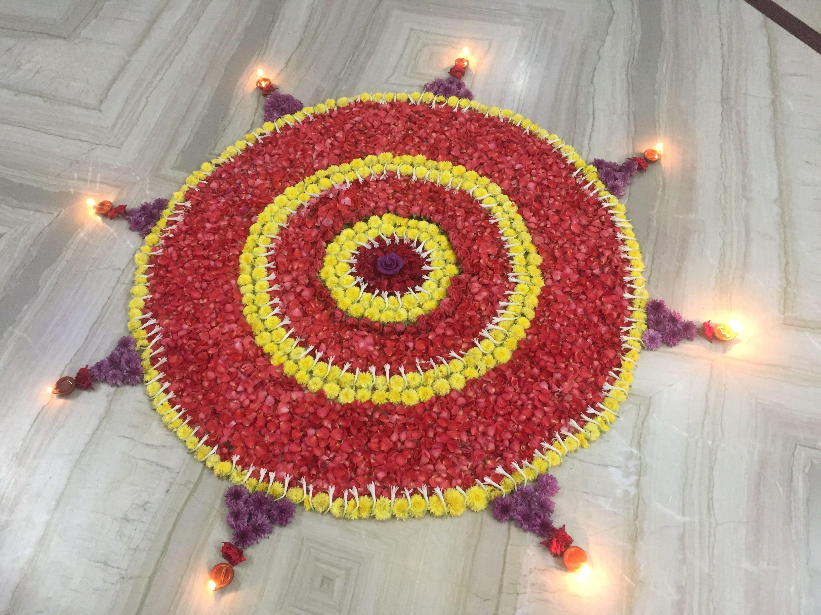Diwali flower Rangoli Flower rangoli, Rangoli designs