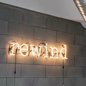lettre neon lettre lumineuse neon art seletti 3_24 | Référence graphique  lettre neon