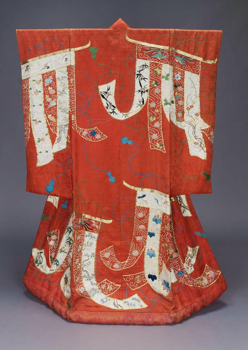 red wedding kimono uchikake japanese edo period 19th century japanische textilien. Black Bedroom Furniture Sets. Home Design Ideas