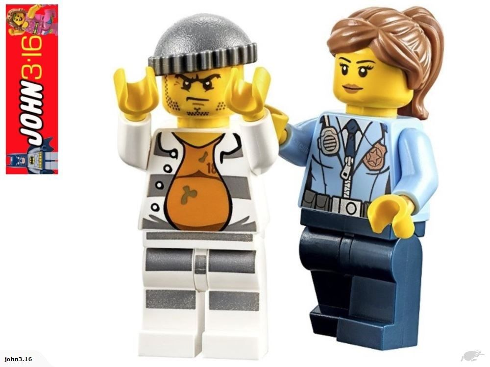 Awesome Lego City Female Police Officer Crook Trade Me Policia Legos