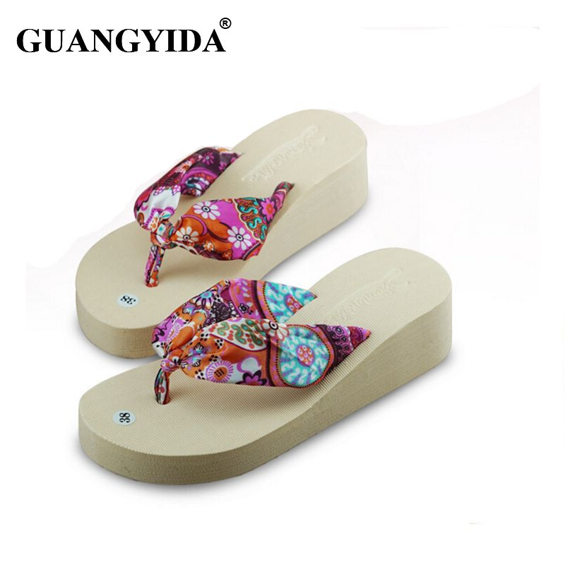 d3075cdc01781 Click to Buy    2016 Summer bohemia flower Women flip flops Fashion ...