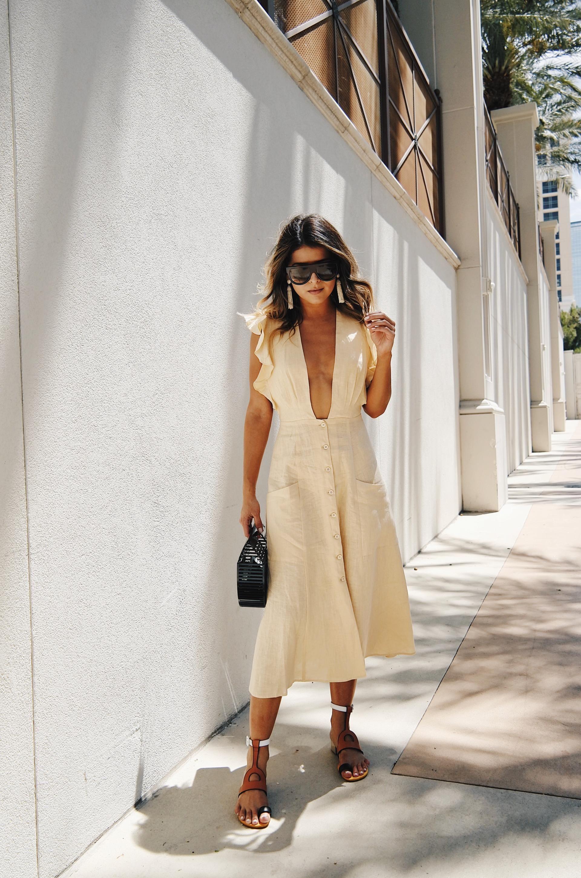 5 Ways To Look Stylish In Las Vegas The Girl From Panama Vegas Outfit Style Las Vegas Outfit [ 2899 x 1920 Pixel ]