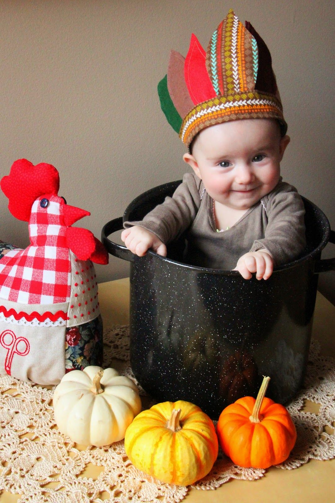 efd1d83a3 DIY Disfraz de indio (o pavo) para bebé! Incluye patrón e ...