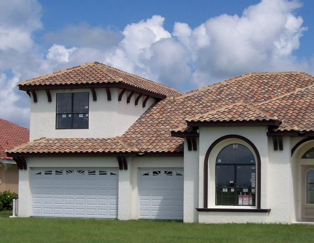 Walnut Creek Blend In The Capistrano Profile House Exterior Roof Tiles House Styles
