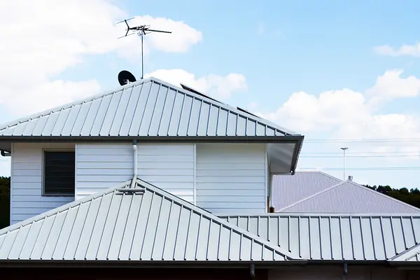 6 Best Roofing Materials Ranked By Durability And Cost In 2020 Cool Roof Roof Installation Metal Roof Installation