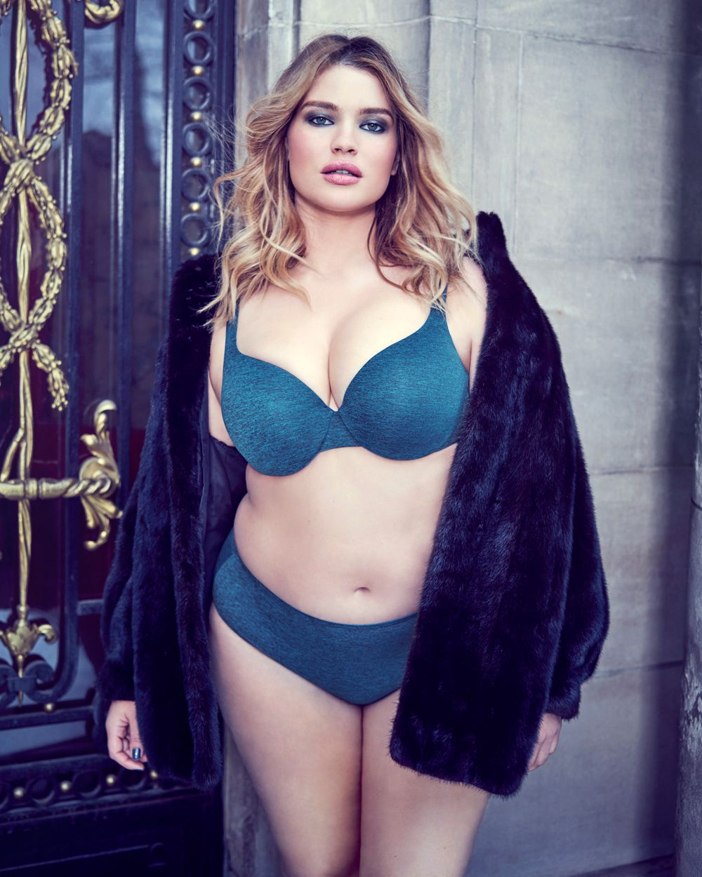b6af9d0ad29 Déesse Flawless T-Ser Bra with Matching Panty - Additionelle CA Plus Size  Bra