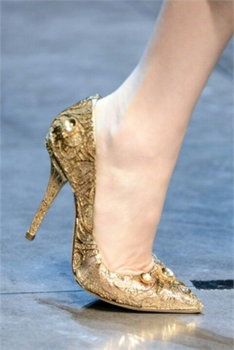 Heels, Dolce and gabbana, Gold shoes