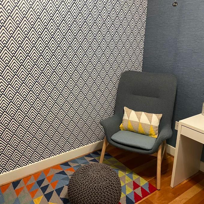Niebrara 18 X 20 5 Smooth Peel And Stick Wallpaper Roll In 2021 Peel And Stick Wallpaper Wallpaper Roll Textured Walls