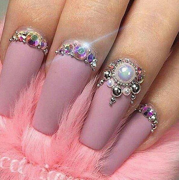 Pin de dalia garcia en nails pinterest dise os de u as for Decoracion de unas con piedras swarovski