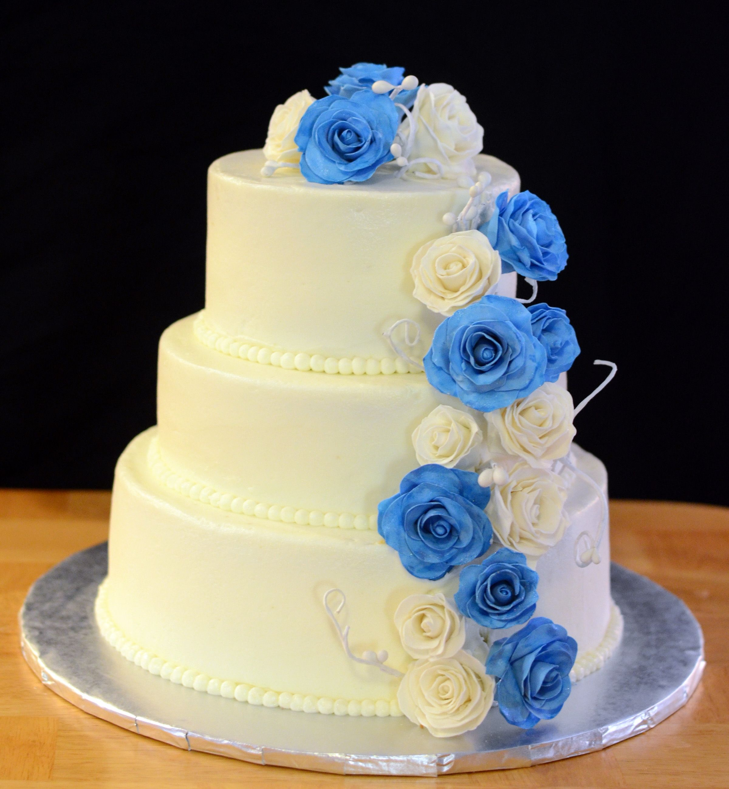 Cake Blue And White Roses