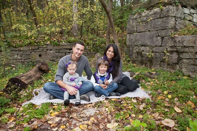 Fall Family Photography - Love the leaves and the stone wall in the background! www.jenshortphotography.com