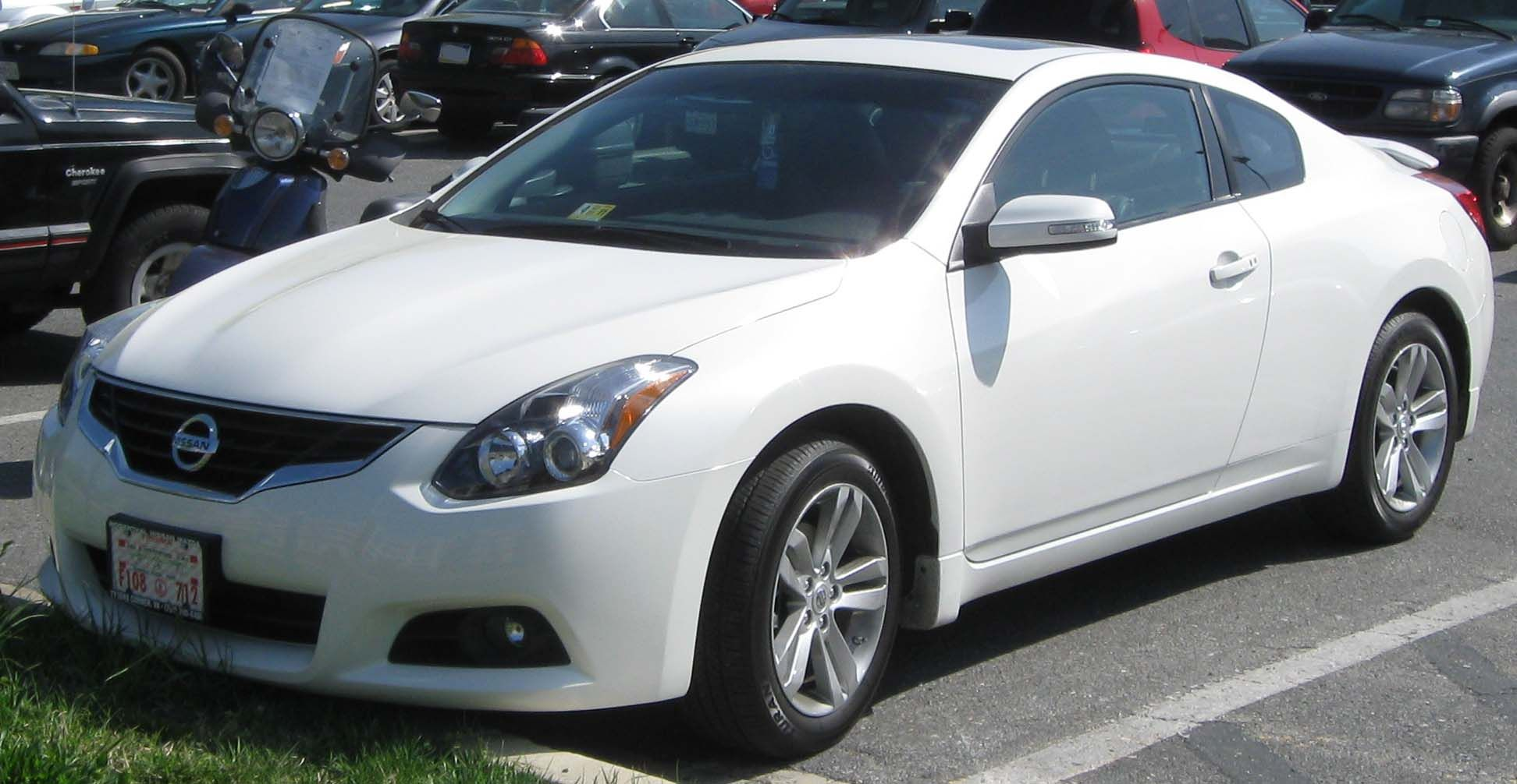 nissan altima coupe white | cars - modern coupe and hatchback