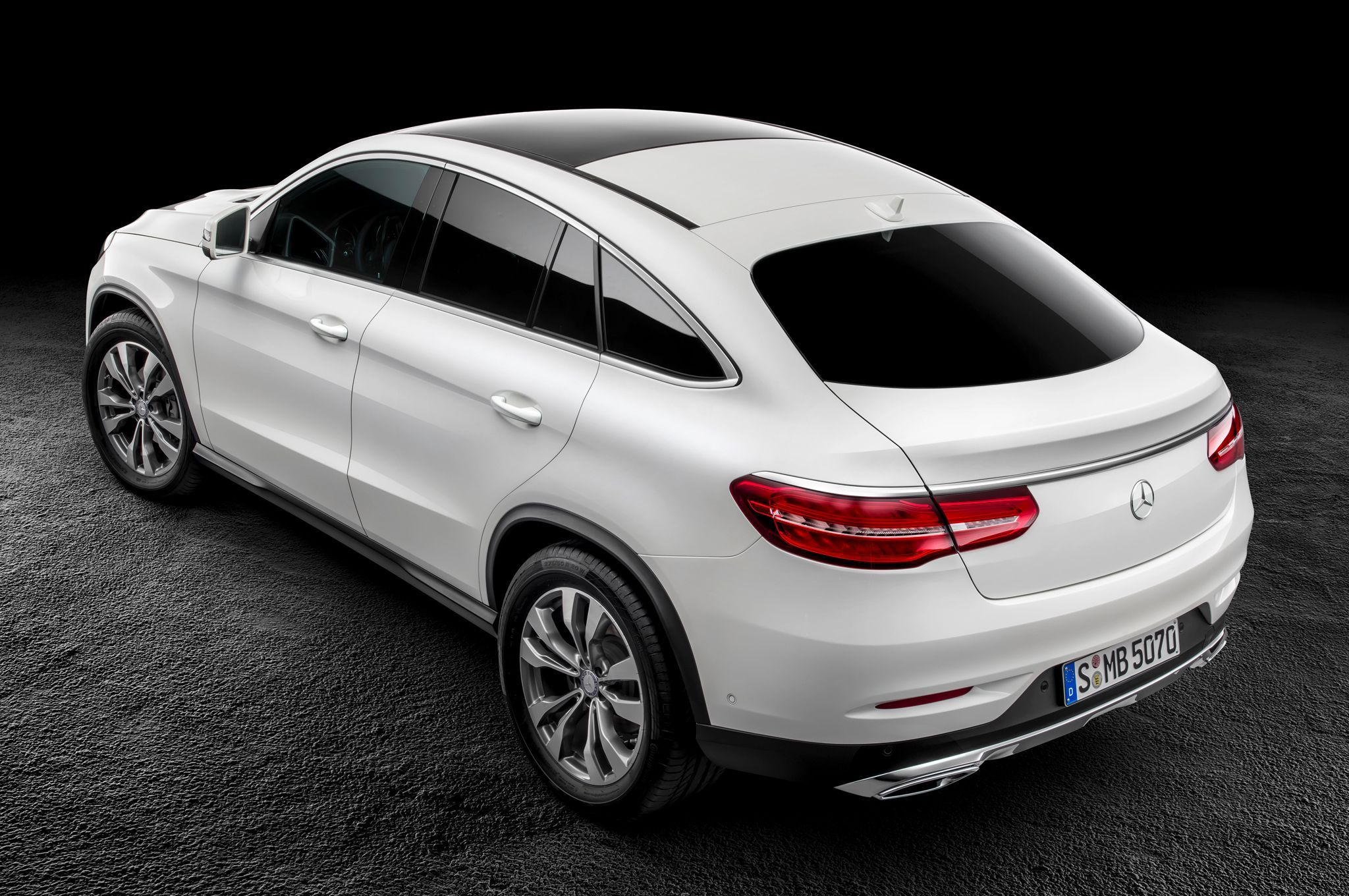 Mercedes benz is combining two classes of vehicle to make a new model the 2016 mercedes benz gle coup