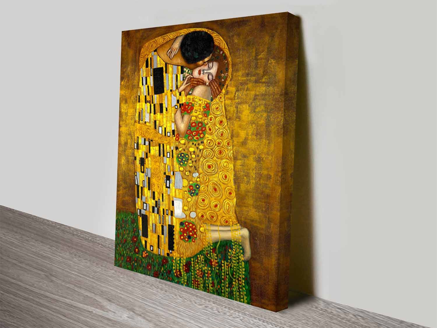 The Kiss by Gustav Klimt | Klimt, Classical art and Kiss