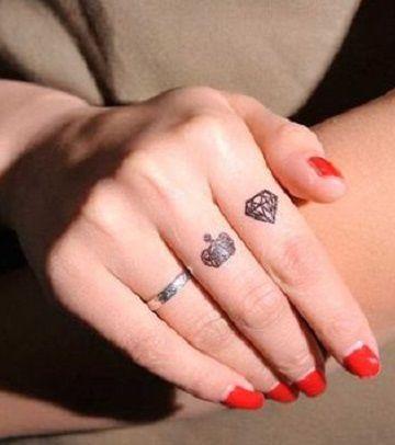 Simbolicos Disenos En Tatuajes De Diamantes Con Coronas Tatuajes