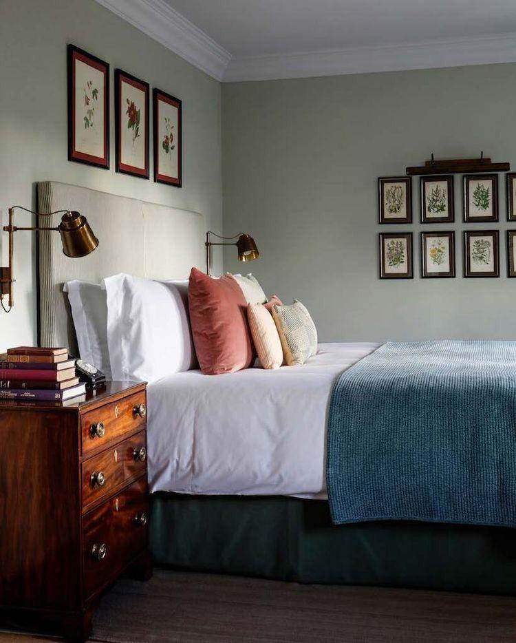 Retro Slaapkamer Ideeen.Mooie Slaapkamer Met Foto S Aan De Muur Bedroom Bedroomdecor