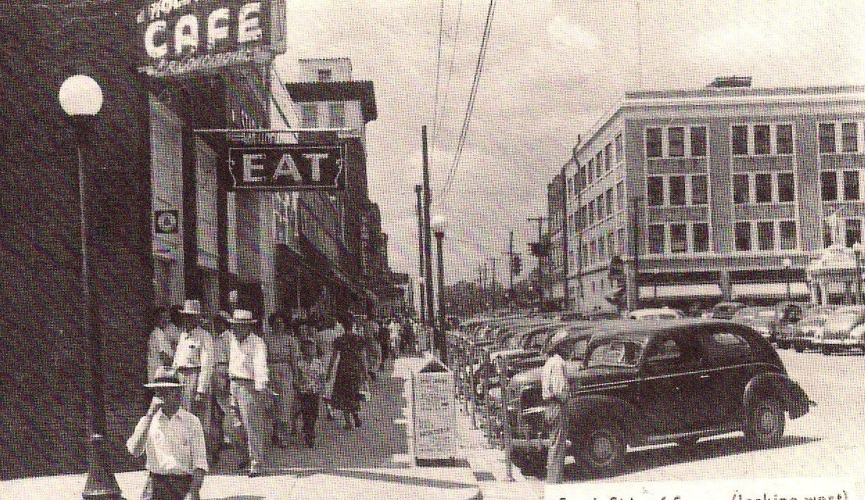 Downtown in the 1940s, The Black Cat Cafe El dorado