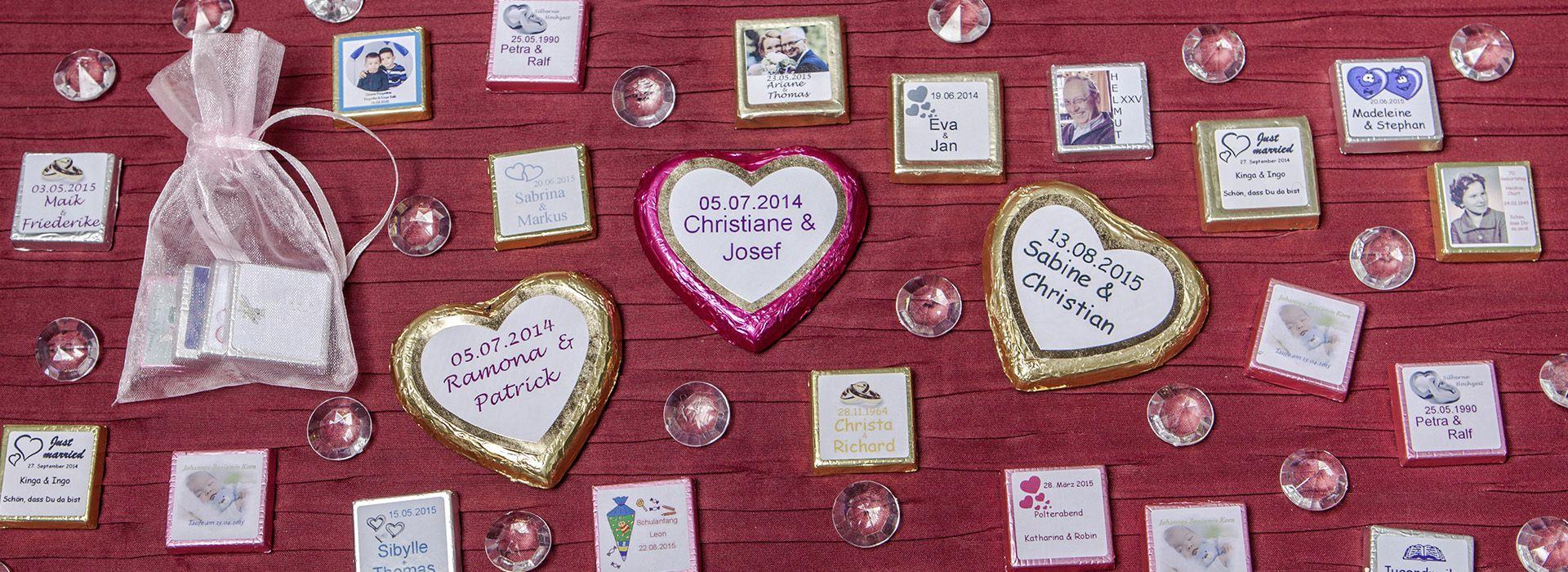 Individuell Bedruckte Schokolade Als Geschenk Fur Die Hochzeit Schokolade Bedrucken Schokolade Mit Foto Personalisierte Sussigkeiten