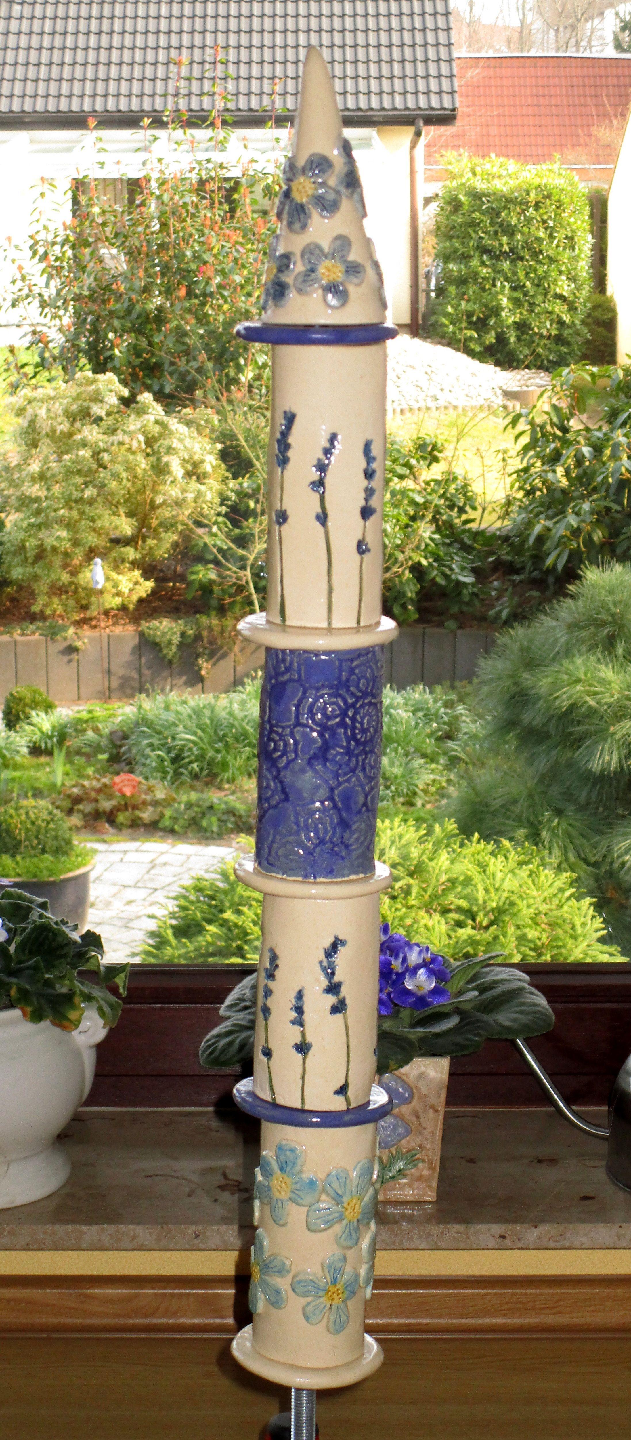 Stele Aus Keramik In Blau Gartenkeramik Keramik Stehlen Garten