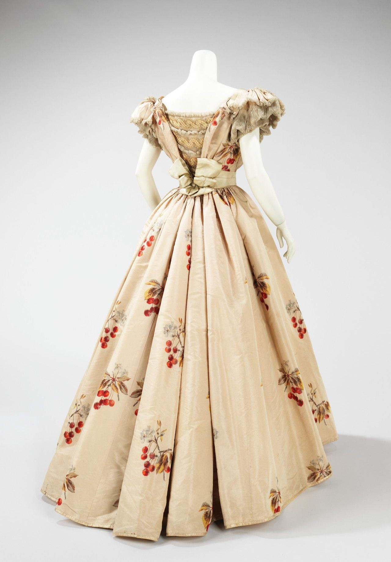 Jeanphilippe worth dress back view ca the costume