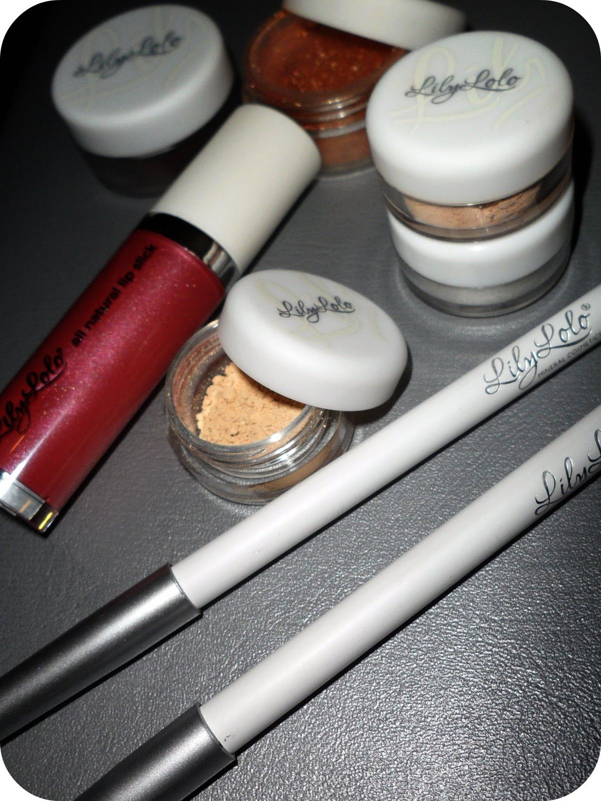 Tuesday Review Lily Lolo Cosmetics Lily lolo, Cosmetics