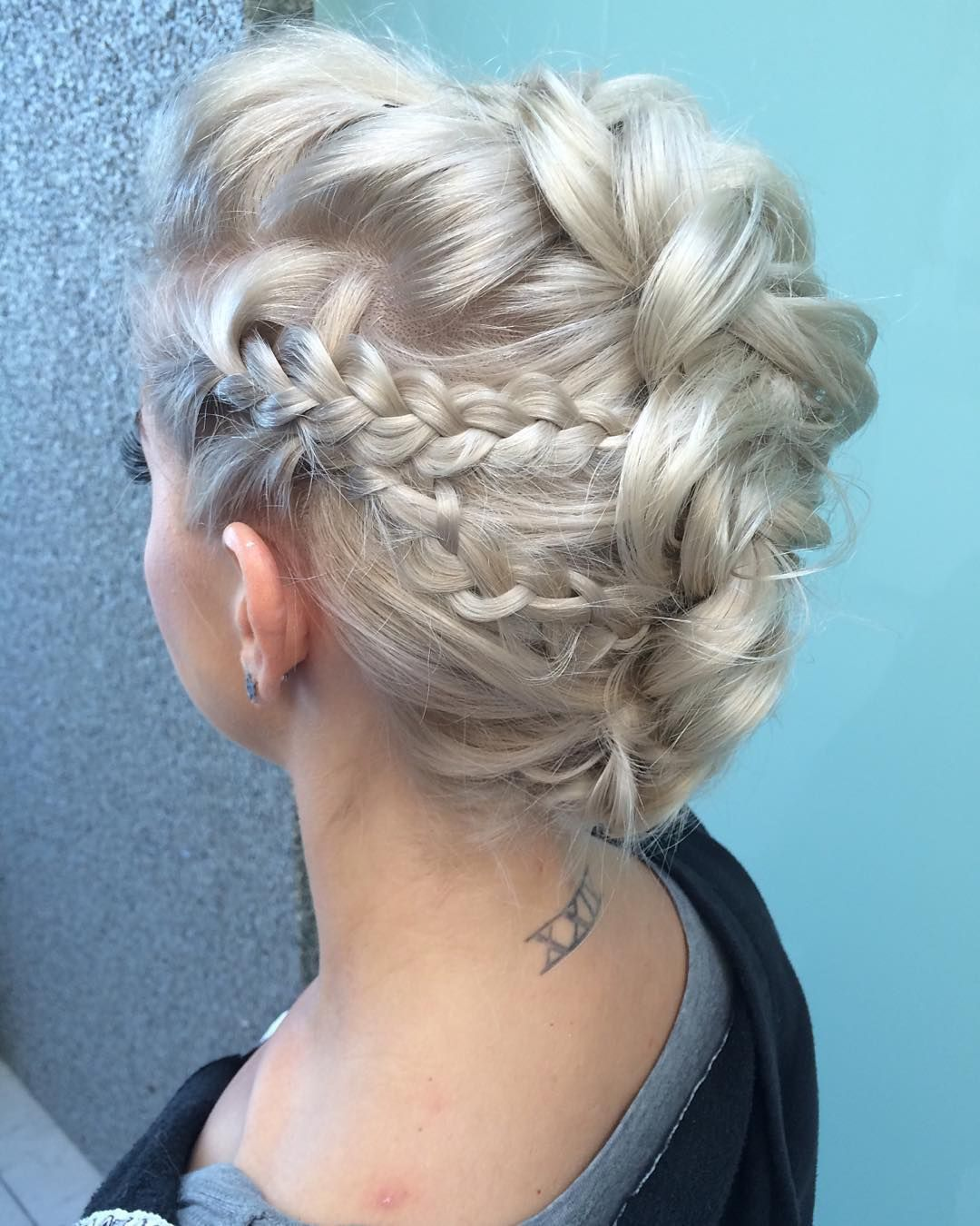 Updo hairstyles for long hair styling updo hairstyles for long
