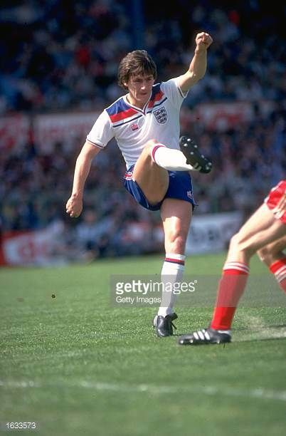 Steve Coppell Of England In Action During A Match Mandatory Credit Allsport Uk Allsport England Football Team Steve Coppell England Football