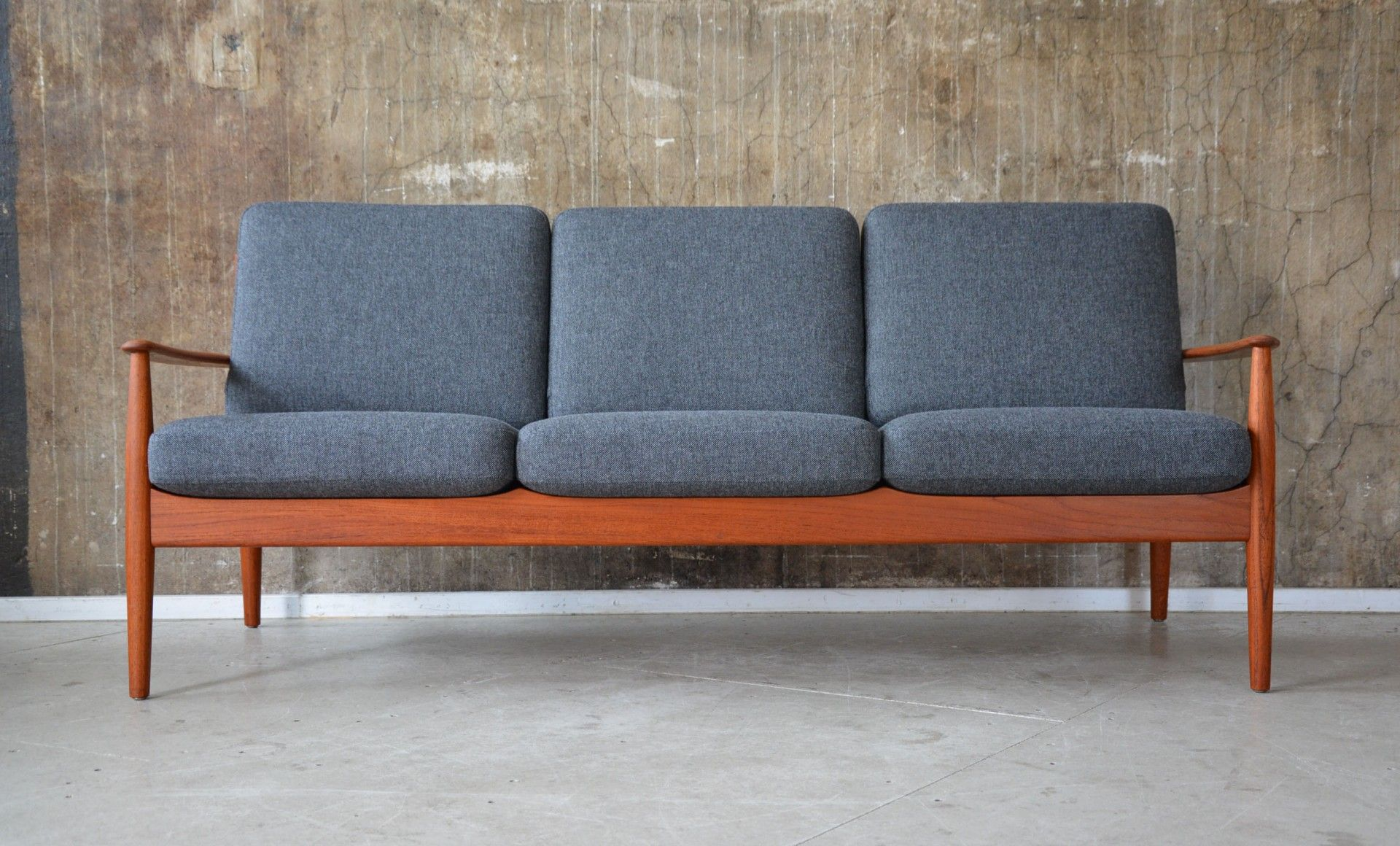 Dänisches Design Sofa Grey 3 Seater Sofa By Grete Jalk For France Son Architecture