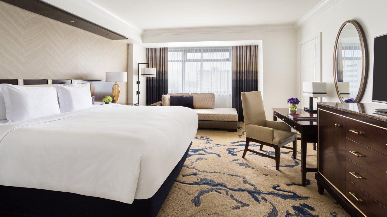 Deluxe Guest Room In Denver Colorado At The Ritz Carlton Denver