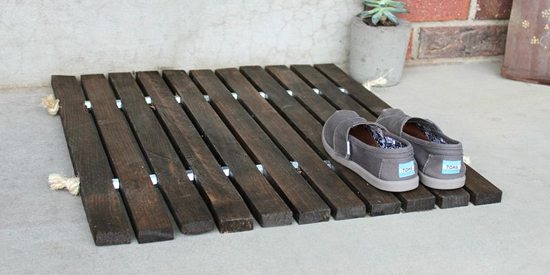 Wood-Stake-Doormat-cropped.jpg 800×400 piksel